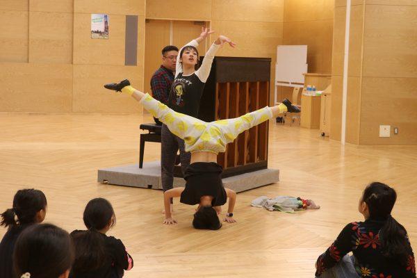 コンテンポラリーダンスワークショップ「ODOZZO!(おどっぞ)」開催されました
